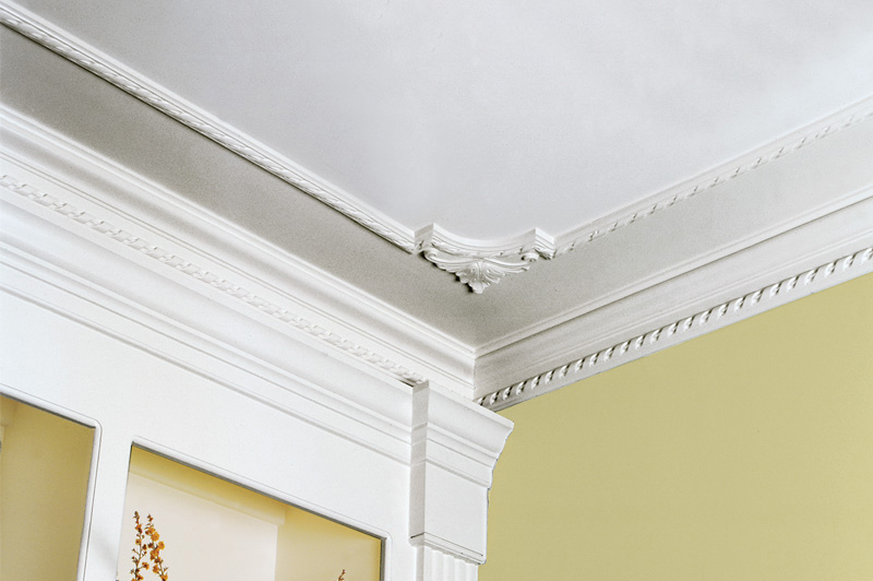 Decorative crown moldings