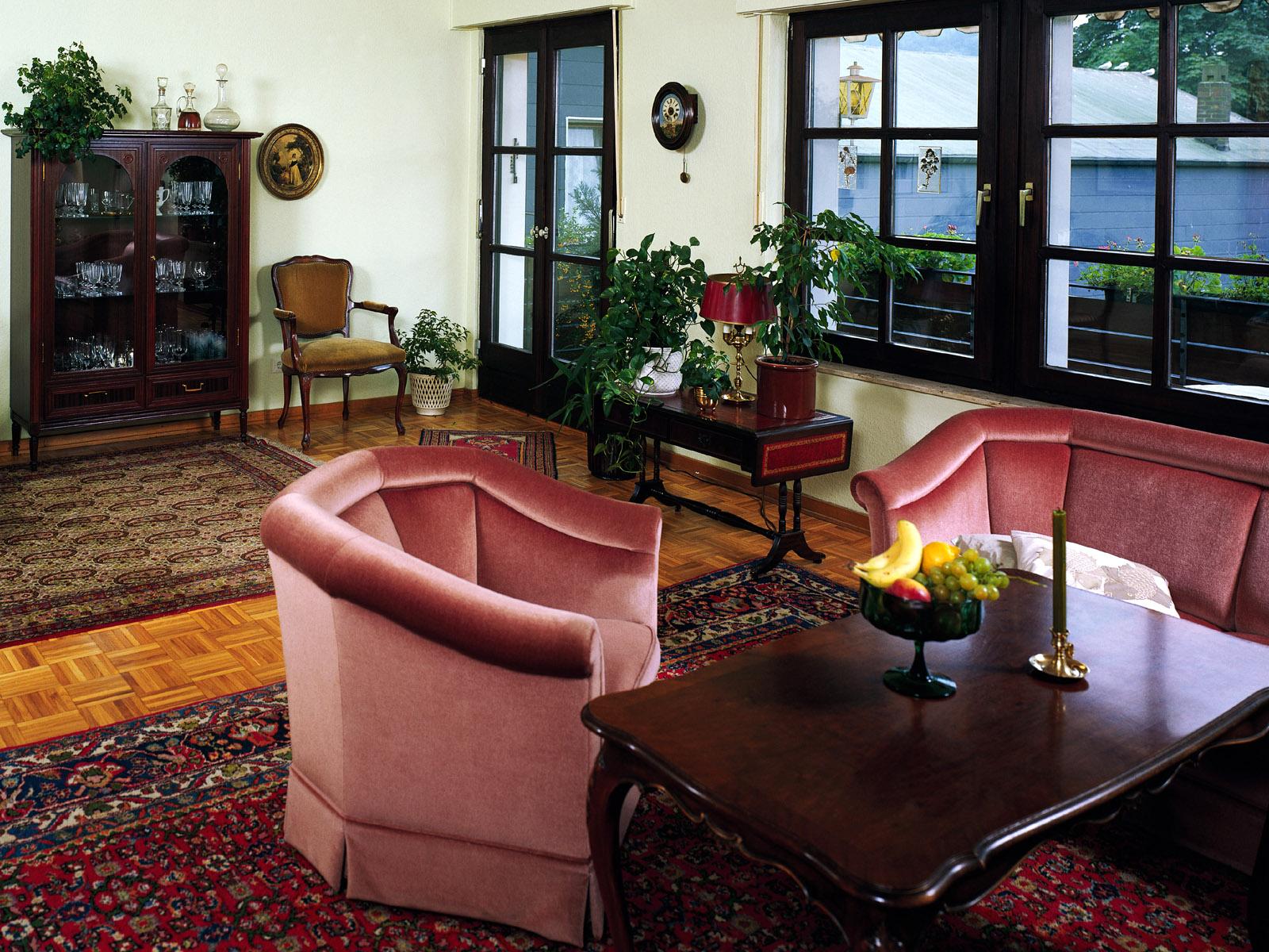 area rugs in livingroom