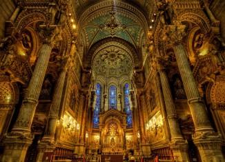 beautiful church interiors