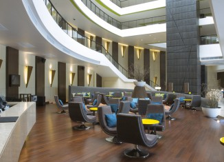 modern hotel lobby decoration