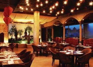 restaurant interior lighting