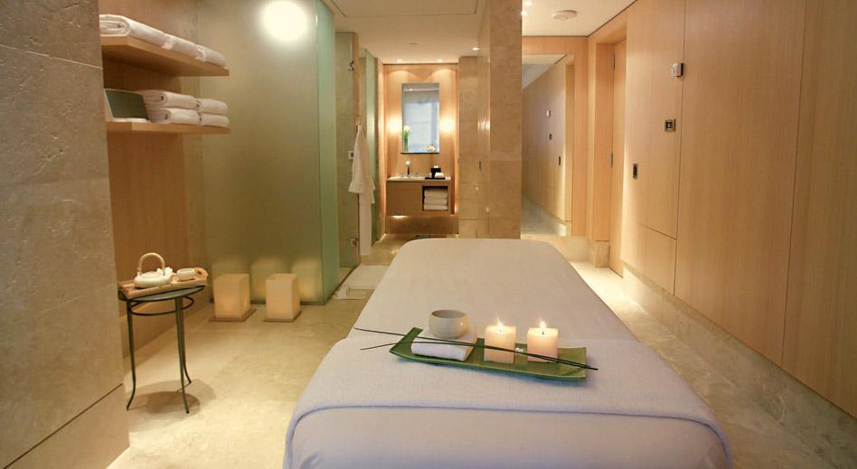 Pedicure area design ideas joy studio design gallery for Beauty treatment room decor ideas