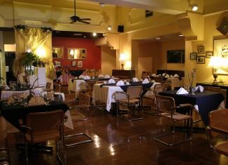 restaurant interior lighting idea