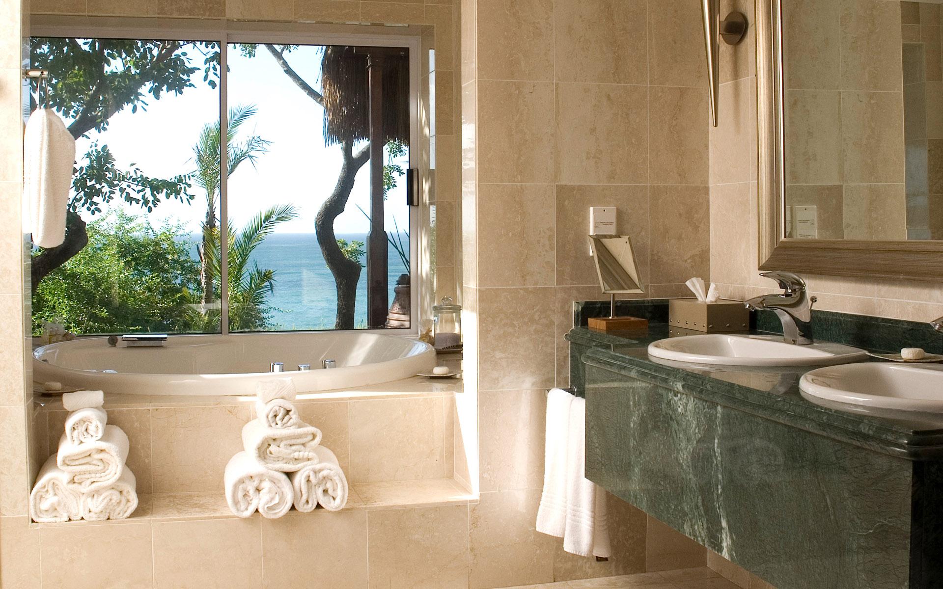 bathroom-beach-view bathroom beach view