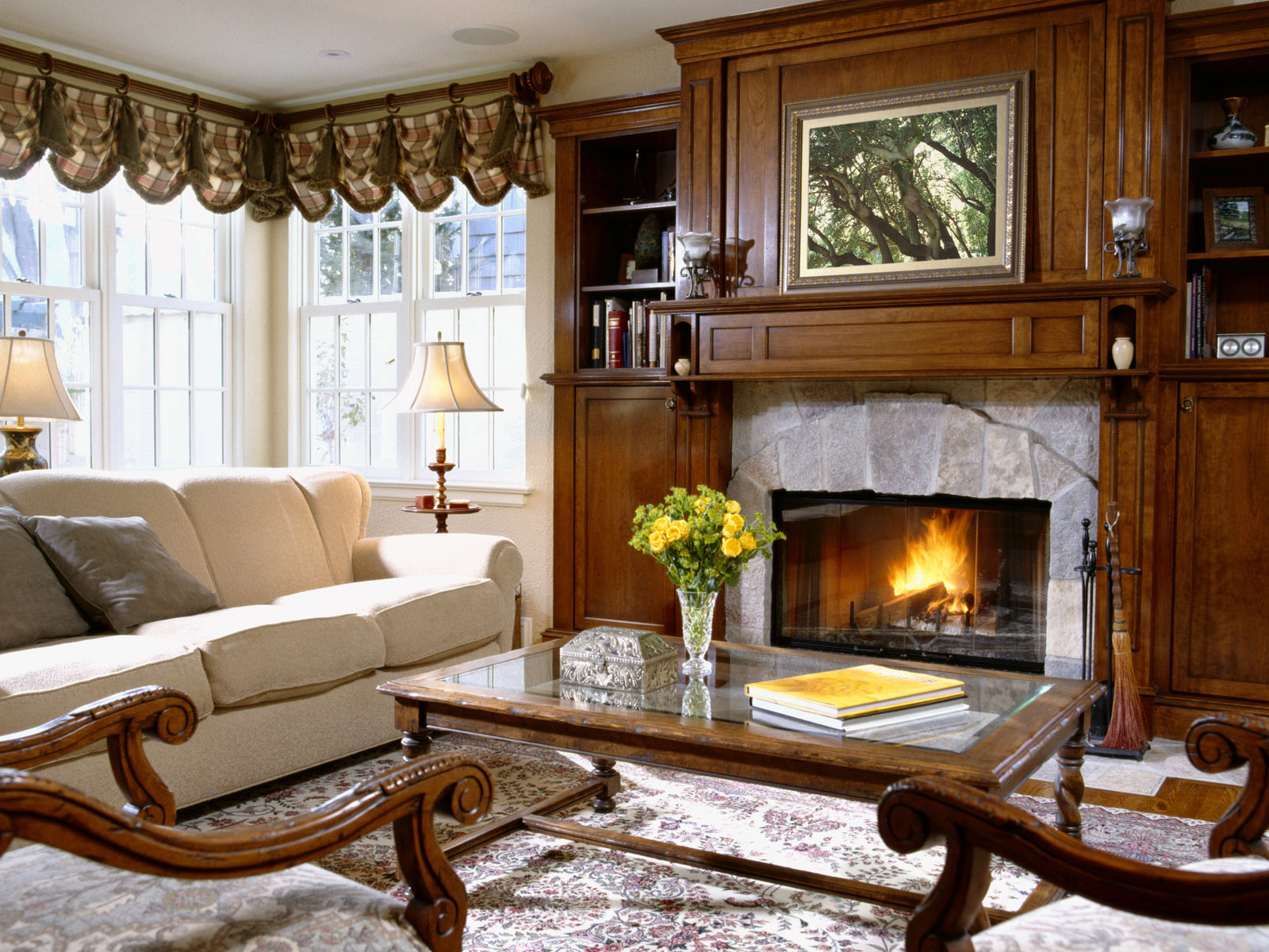 tarditional-living-room-with-fireplace tarditional living room with fireplace
