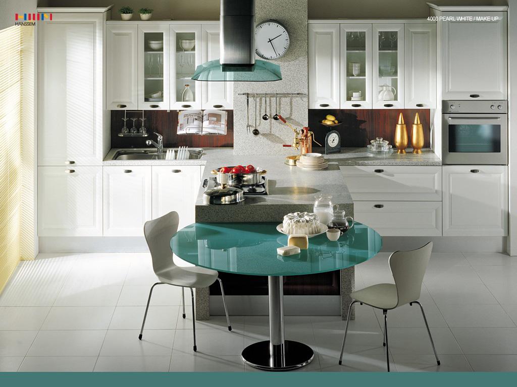 Pearl White Kitchen Design