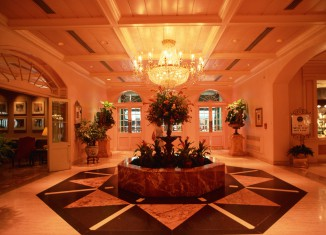 Hotel Chandelier Decor Lobby
