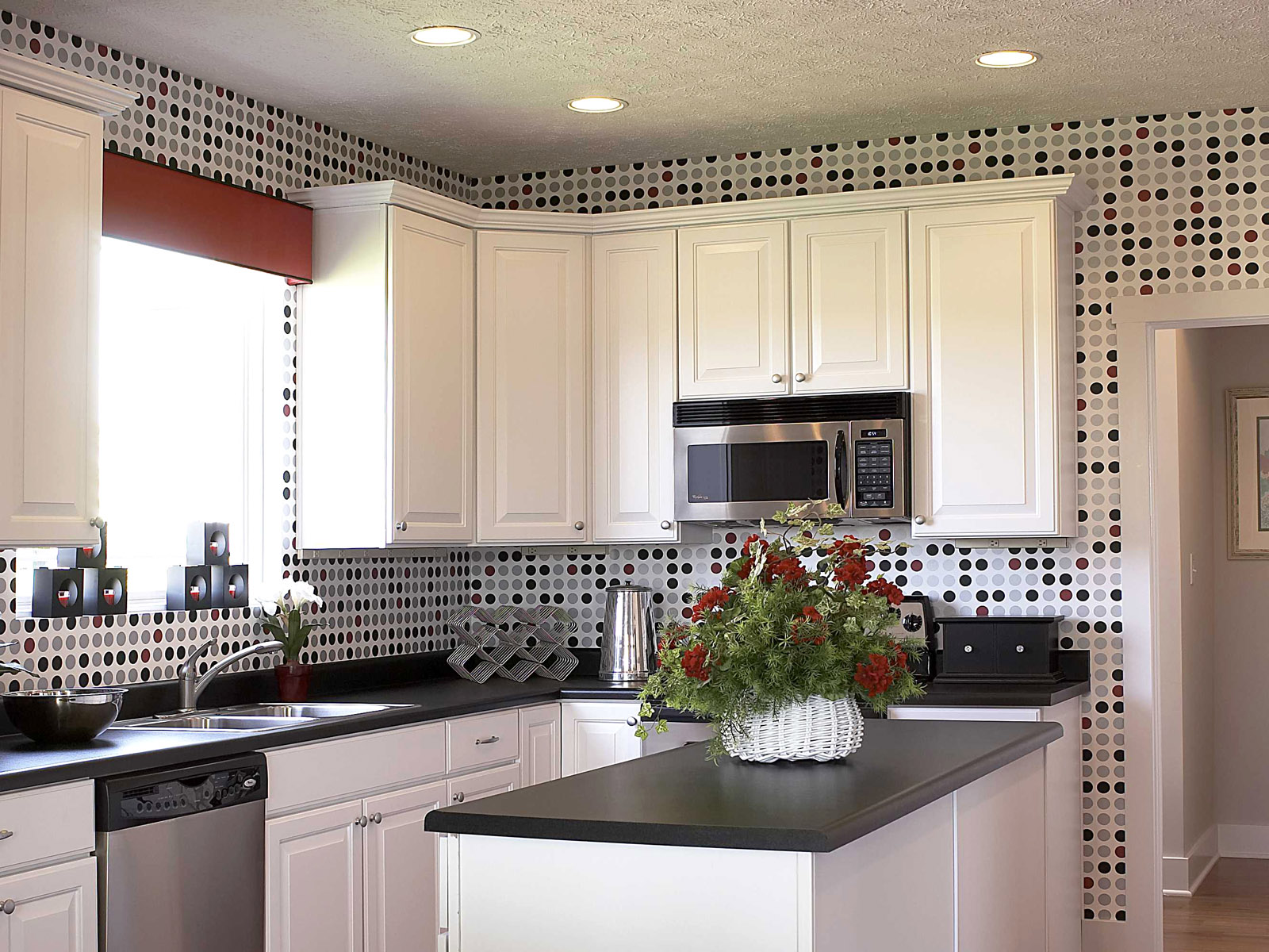 Dotted-Kitchen-Tiles Dotted Kitchen Tiles Idea