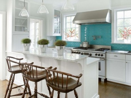 Turquoise Kitchen idea