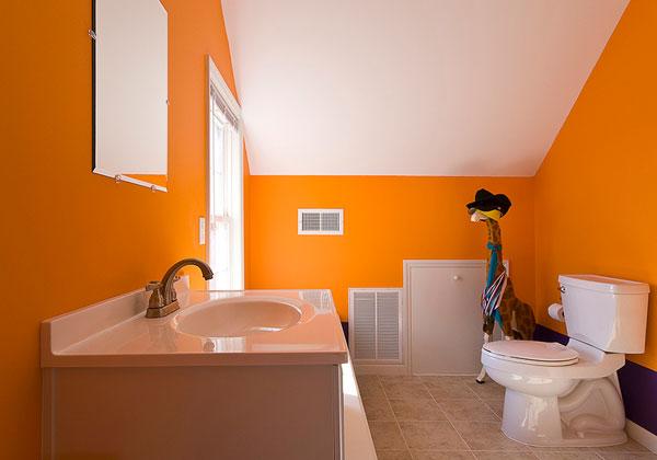 orange children-bathroom