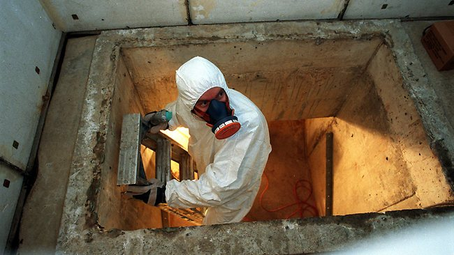 cement-asbestos-removal Some Tips on Removing Cement Bonded Asbestos Roofs Safely