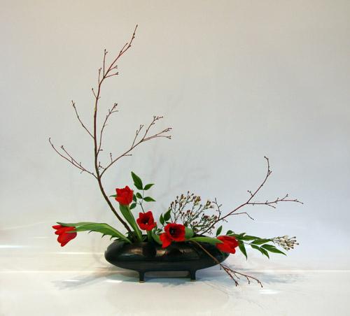 ikebana design flower arrangement