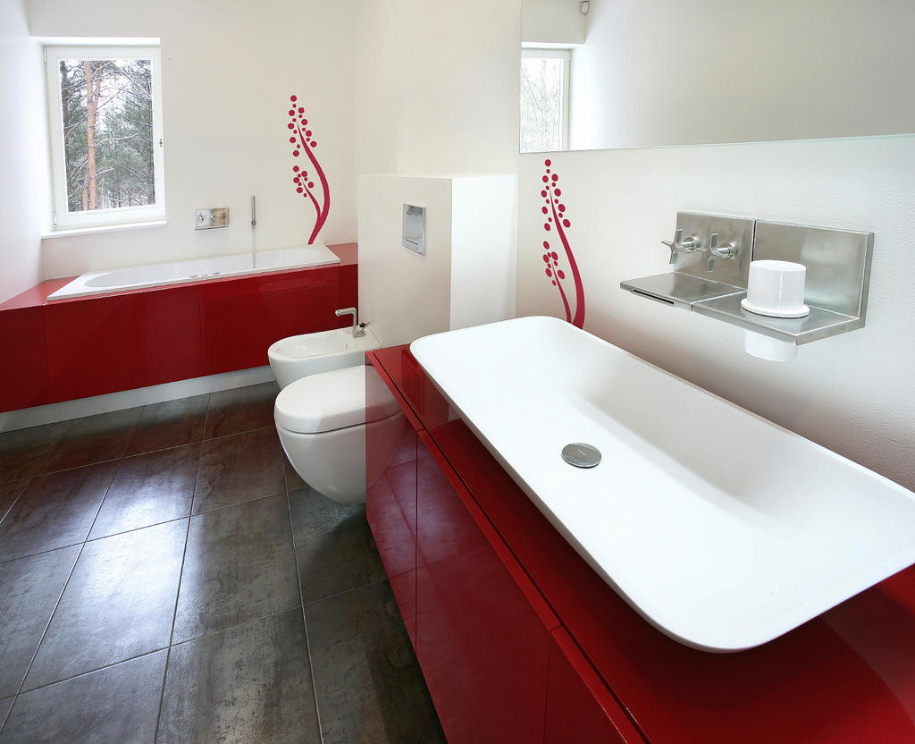 red and white bathroom interior design ideas