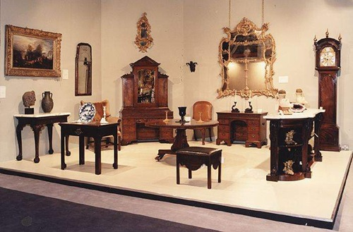Antique-Furniture-2 How to Maintain Antique Furniture