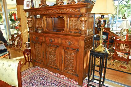 Antique-Furniture-4 How to Maintain Antique Furniture