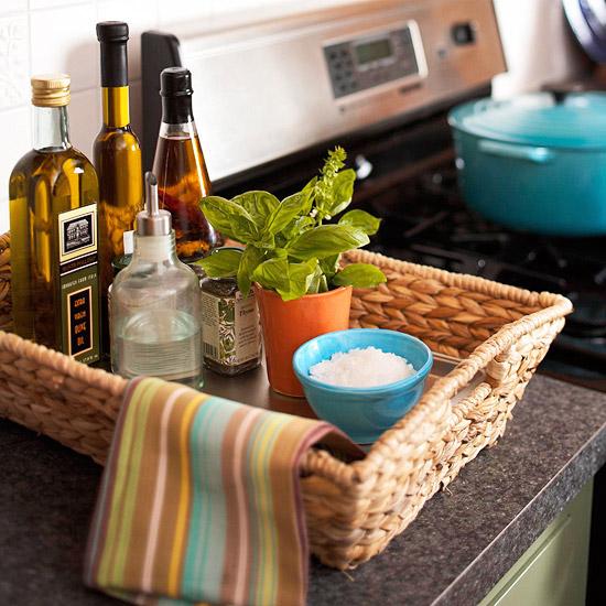 Organizing the Kitchen (4)