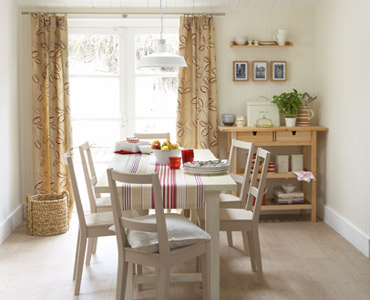 Adding spice to the country style dining room interior for Country style dining room ideas