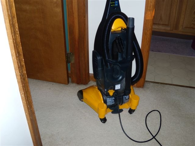 bad uses of vacuum cleaner