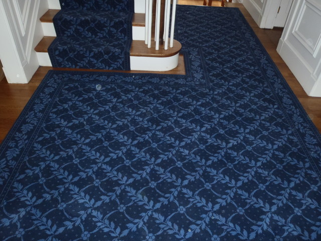 traditional-staircase Tips on how to buy a carpet