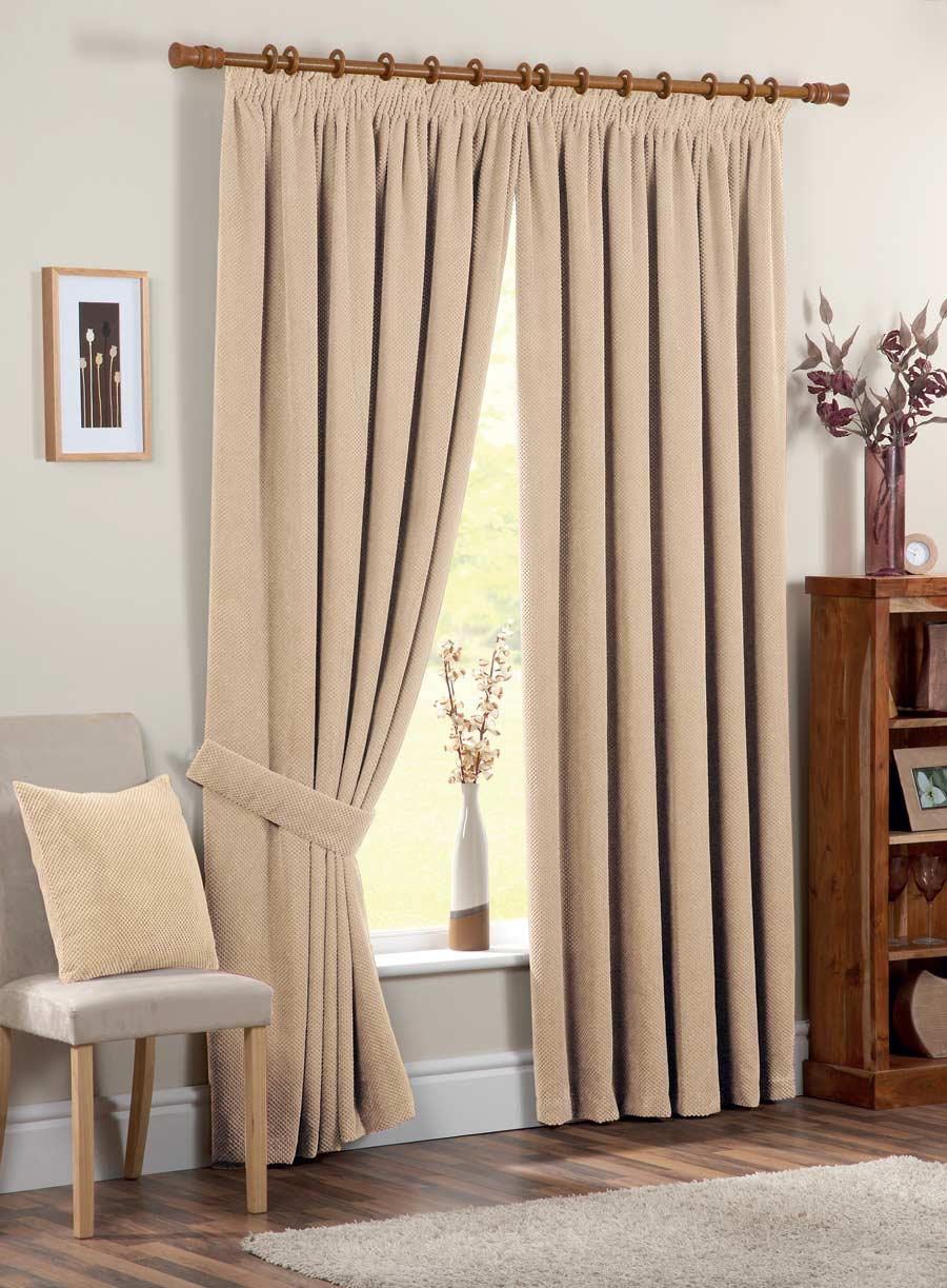 Chenille_Spot-Curtain_Cream-Z0