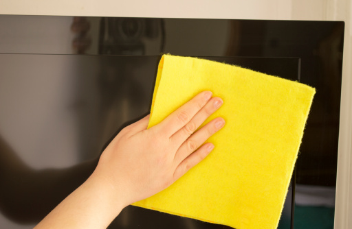Cleaning-Flat-Screen-TV How to clean your flat screen TV