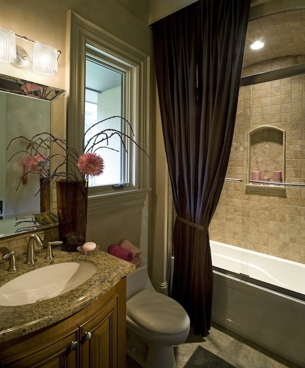 How to d cor small bathroom interior design ideas for Small bathroom images