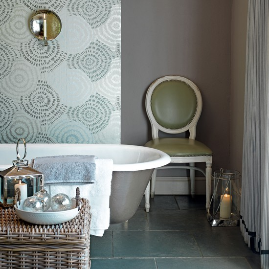 bathroom-country-Country-Homes--Interiors2