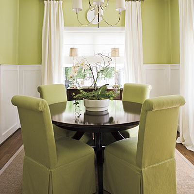 Green-natural-dining-room-decor How to decorate small dining space?