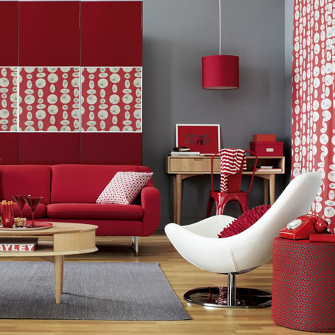 red-home-decor-color