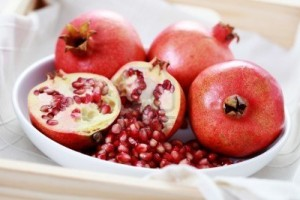 7742224-bowl-full-of-fresh-pomegranate-fruits-and-vegetables-300x200