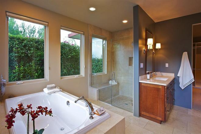 Camped-Bathroom-660x441