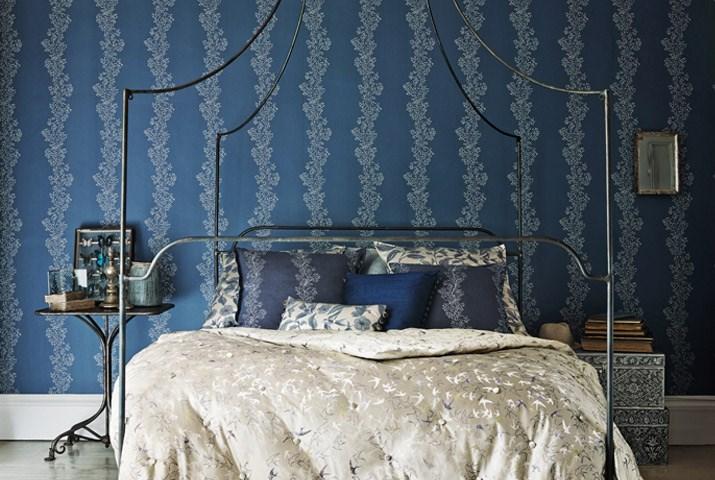_0022_Sparkle-Coral-bedroom-wallpaper-focus_lr(1)