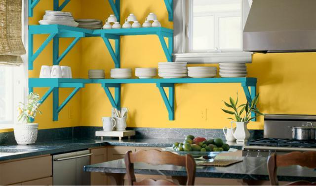 Caribbean-Yellow-and-Blue-Kitchen-Paint-Scheme