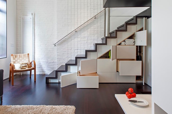 11-space-under-stairs